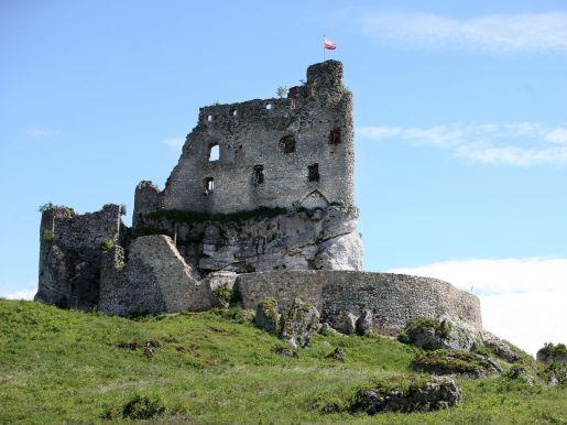 atrakcje dla dzieci ruiny zamku w Mirowie