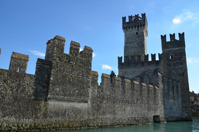 Sirmione zamek opinie atrakcje