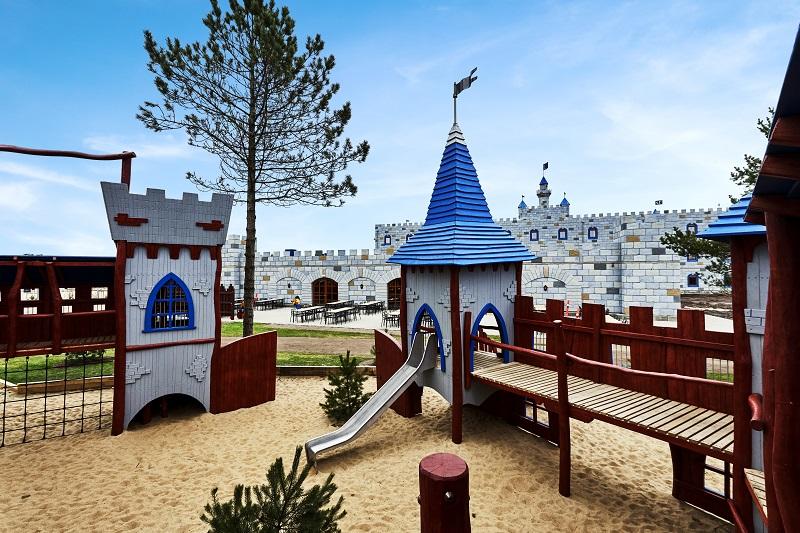 plac zabaw Hotel Zamek LEGOLAND noclegi