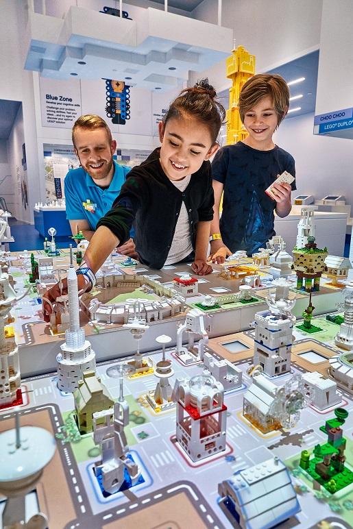 architekci LEGO miasta z klocków - LEGO House atrakcje - 2019a