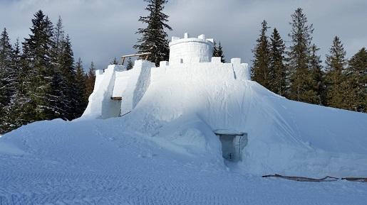 śnieżny zamek zakopane labirynt