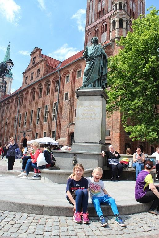 weekend z dzieckiem w Toruniu - Pomnik Kopernika