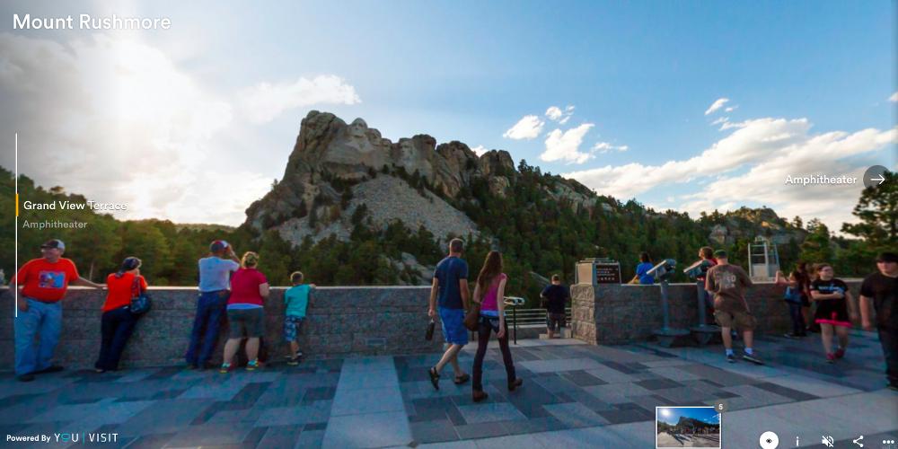30 budowli, które można zwiedzić bez wychodzenia z domu góra rushmore