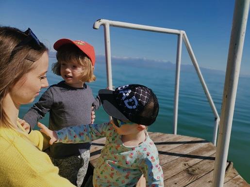 Rodzinne ferie zimowe Czarnogóra z dziećmi temperatury zimą ceny atrakcje
