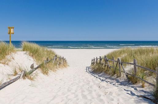 Białogóra małe miejscowości nad morzem spokojne plaże gdzie Bałtyk w drogę z bonem