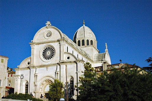 Dalmacja co warto zobaczyć Dalmacja atrakcje Šibenik bazylika opinie