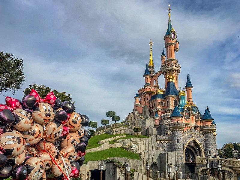 Disneyland Paryż opinie atrakcje