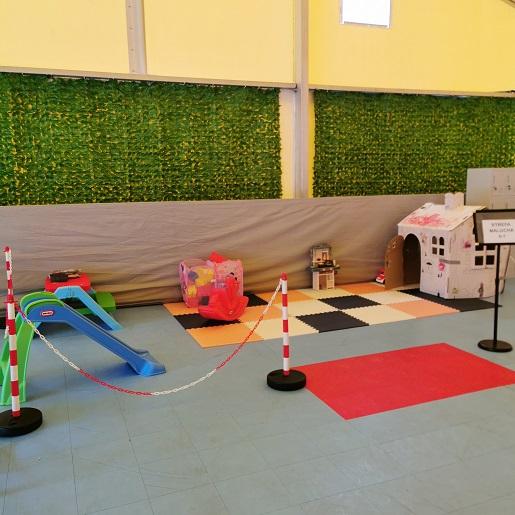 Dmuchany Park Rozrywki w Łebie atrakcje dla rodzin z dziećmi 1