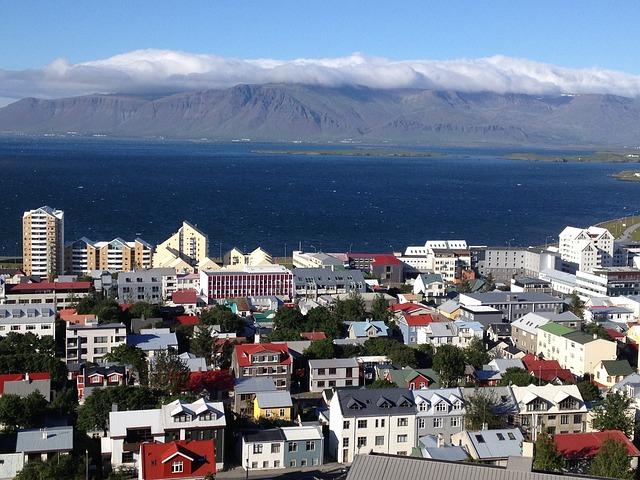 Islandia z dzieckiem najlepsze atrakcje gdzie jechac z dzieckiem co zobaczyc najlepsze baseny na islandii