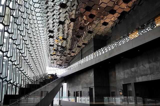 Islandia z dzieckiem najlepsze atrakcje gdzie jechac z dzieckiem co zobaczyc najlepsze muzea harpa