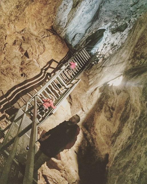Jaskinia Lodowa Scarisoara Rumunia zwiedzanie z dzieckiem opinie