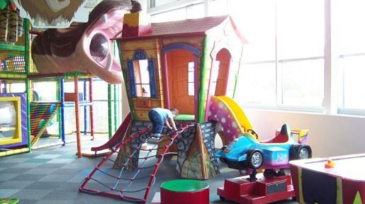 Suwałki sala zabaw dla dzieci Kinderplaneta atrakcje opinie