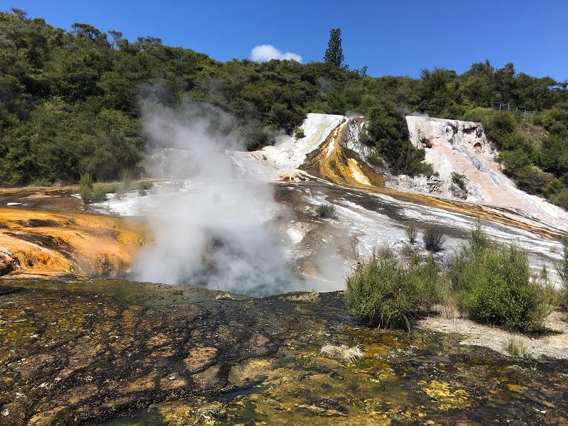 Orakei Korako atrakcje Nowa Zelandia trasa zwiedzania opinie z dzieckiem