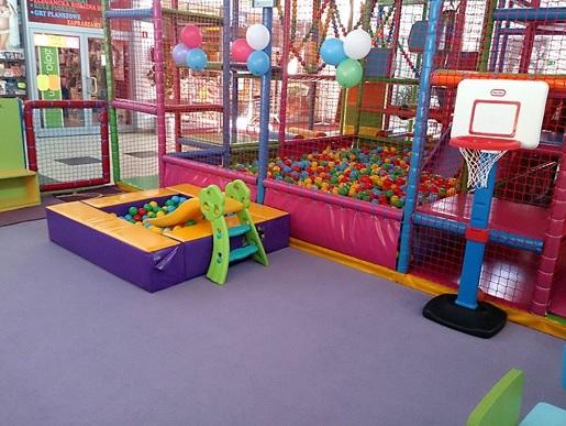 Poznań gdzie z dzieckiem rodzinne atrakcje sala zabaw opinie