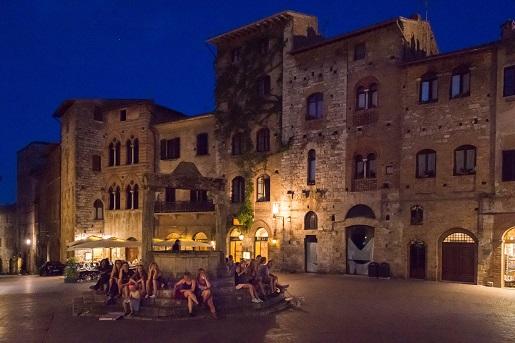 San Gimignano, blisko kempingu Park Albatros, Włochy