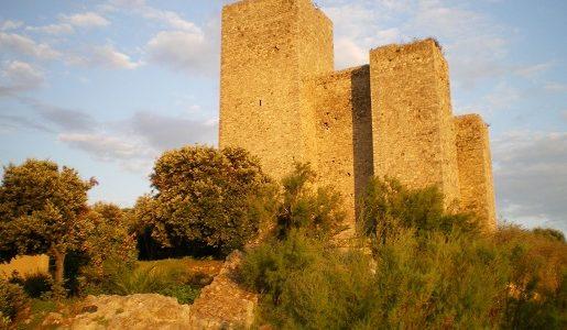 Talamone - twierdza Toskania atrakcje wakacje z dziećmi opinie