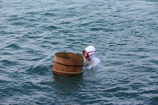 Toba - pokaz poławiania pereł - Japonia zwiedzanie ceny