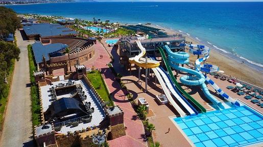 aquapark Turcja w hotelu rodzinne atrakcje opinie