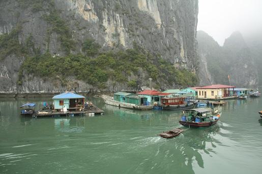 Zatoka Halong Wietnam atrakcje zwiedzanie z dziećmi opinie ceny
