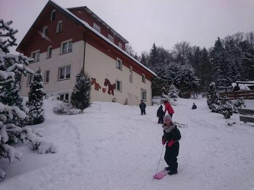 agroturystyka góry stołowe z dzieckiem zimą atrakcje