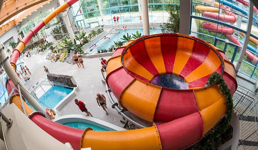 aquadron slask aquapark rodzinne wakacje opinie strefa rekreacji zjezdzalnia