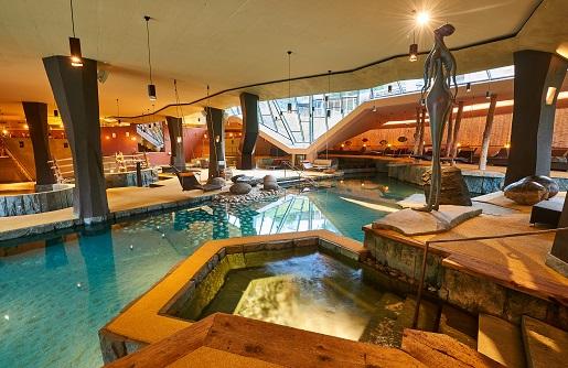 basen DOlomity gdzie nocować z dzieckiem Trydent