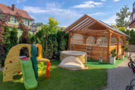 beskidy noclegi z basenem dla dzieci plac zabaw Tylicz Beskid Sądecki
