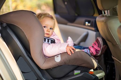 bezpieczna podróż z dzieckiem zabawy