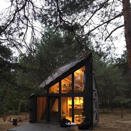 bookworm cabin warszawa jak dojechać nocleg ceny