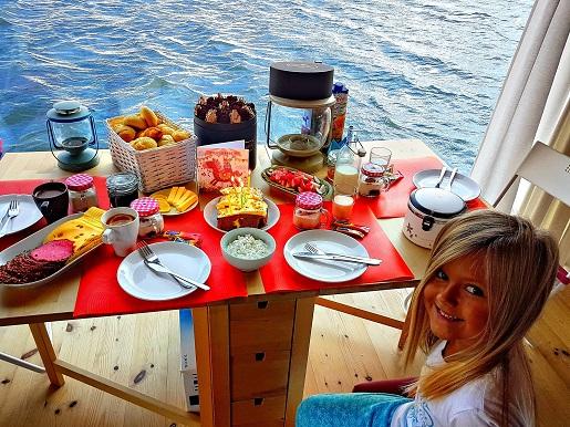 domki na wodzie Mielno opinie śniadania