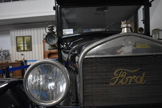 ford muzeum motoryzacji poznan mtp wielkopolska atrakcje dla rodzin z dziecmi