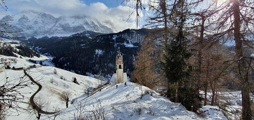 Dolina La Val Włochy zimą atrakcje narty ferie zimowe