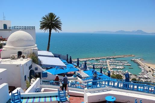 gdzie jest ciepło w lutym gdzie na wakacje zimą opinie tunezja