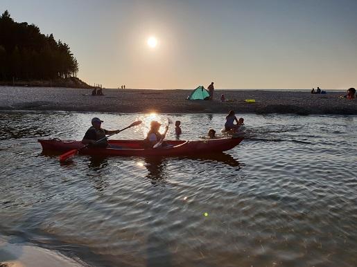 gdzie puste plaże nad Bałtykiem ciche miejsca spokojne nad morzem Dębki opinie plaża