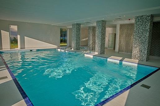 hotel mielno holiday apartments przyjazne dzieciom basen