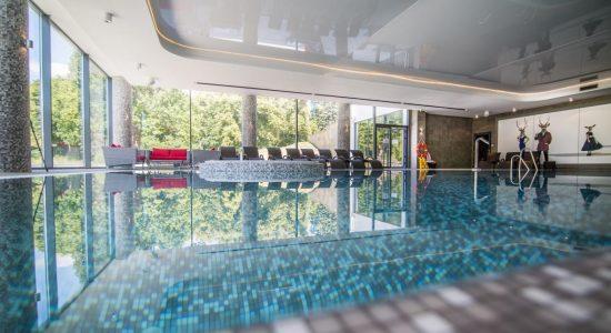 hotel z basenem bory tucholskie z atrakcjami dla dzieci opinie gdzie