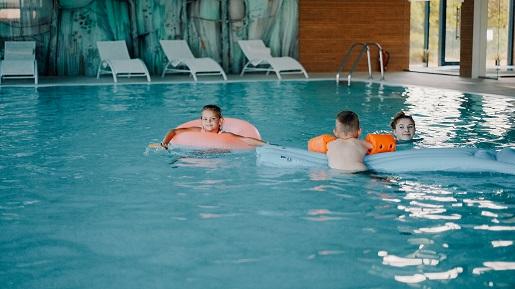 hotel z basenem licheń opinie gdzie z dzieckiem