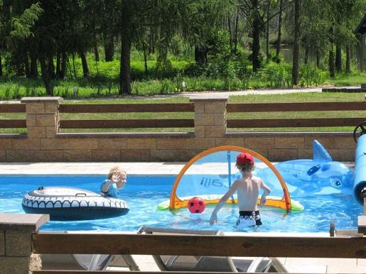hotel z basenem puszcza drawska opinie atrakcje dla dzieci