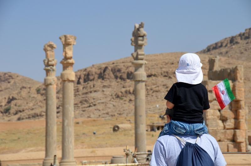 Iran Nekropolis opinie - wakacje z dzieckiem
