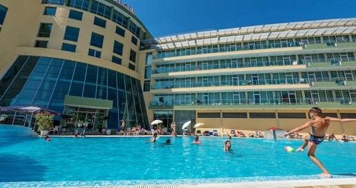 ivana palace hotel basen bulgaria opinie
