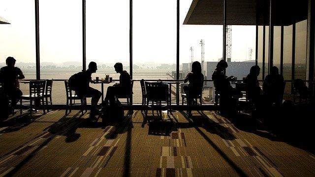 koronawirus podróże zagraniczne anulowanie biletu wycieczki odszkodowanie zwrot kosztów