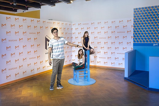krzesło swiat iluzji warszawa rodzinne atrakcje dla dzieci opinie cennik