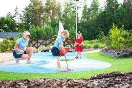 minigolf na kaszubach park rozrywki atrakcje rodzinne