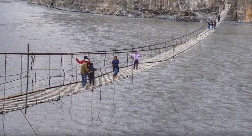 najniebezpieczniejszy most świata opinie