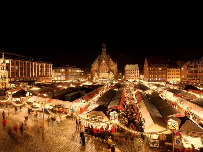najpiękniejsze świąteczne jarmarki bożonarodzeniowe Niemcy Norymbergia