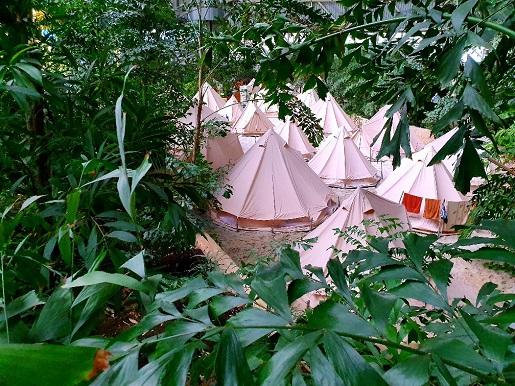 nocleg w namiotach Tropical Islands ceny opinie