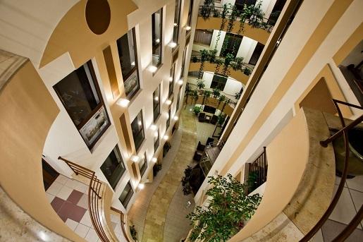 Wrocław noclegi hotel dla dzieci atrakcje ceny opinie