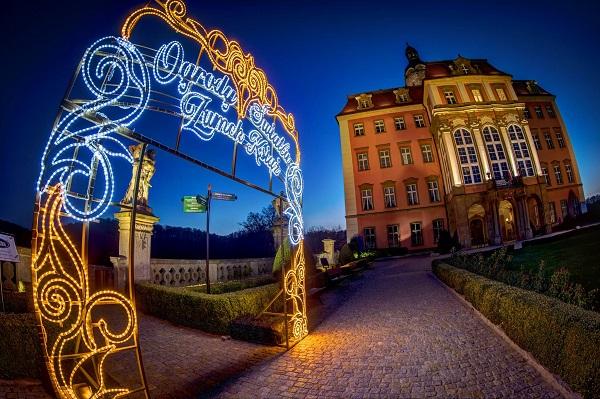 ogrody światła zamek książ opinie atrakcje