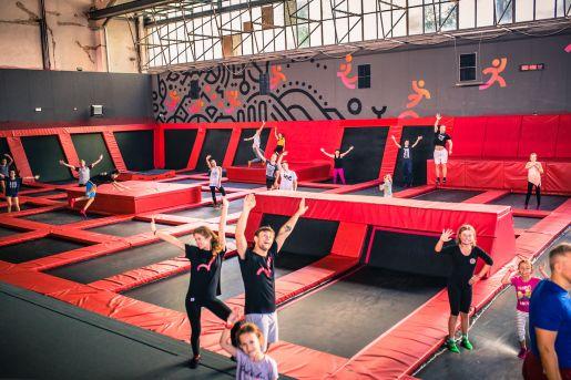 atrakcje dla dzieci Warszawa park trampolin