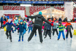 pge narodowy lodowisko zimowy narodowy z dzieckiem na łyżwy